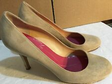 """KATE SPADE Italy ,Classic, Beige Suede,3.5""""Hills  SHOES, size 8"""