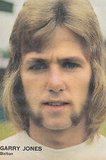 Football Photo GARRY JONES Bolton Wanderers 1970s