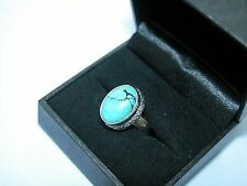 LOT 467 STUNNING OVAL GREEN TURQUOISE SOLID STERLING SILVER RING - SIZE J 1/2