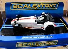 Scalextric  Caterham  R500 in weiß/rot   Art. 3093