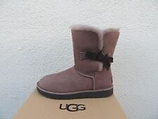UGG STORMY GREY CLASSIC KNOT SHORT SUEDE/ SHEEPSKIN BOOTS, US 8/ EUR 39 ~NEW
