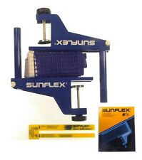 SUNFLEX MATCH Competition G-Screw Clamp Type Table Tennis Net and Post Set