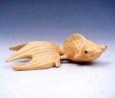 Boxwood Hand Carved Netsuke Sculpture Miniature Big Eyes Big Tail Goldfish Decor