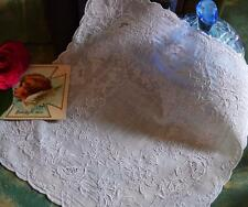 Squisito antico Madeira da cerimonia mano bianca Fazzoletto ricamato