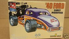 1:25 AMT / Model King #21363P '40 Ford Early Modified Plastic Model Kit - MINT