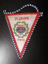 121214 RDA banderín fútbol 25 años BSG Motor Schwerin aprox. 11 cm de largo