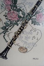 VINTAGE Cross Stitch Foto Incorniciata Clarinetto Fiori