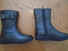 NWT toddler girl black boots. M&S. Bow detail. Size 6. M&S. RRP £30.00    (1/4)