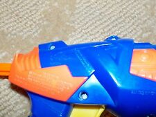Buzz Bee Toys - 3 Dart Rotating Gun - 3 Foam Darts Included - 2009