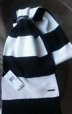 Michael kors NWT women's scarf one size.