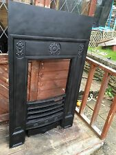 Antique Victorian Style Cast Iron Fire Insert With Grate VGC