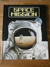 SPACE MISSION BY TERRY PASTOR - METHUEN/WALKER POP-UP BOOK 1982 VGC