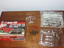 AMT  71 PLYMOUTH DUSTER 340   Model Kit  NO INSTRUCTIONS! NO DECALS