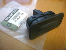 RENAULT MEGANE CLIO SCENIC MODUS CAPTUR TAILGATE / BOOT SWITCH / BUTTON