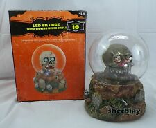 Target 2007 Halloween MIB LED Village with Moving Resin SKULL Light Up Product16