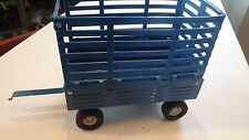 1/16  Ertl Bale Throw Wagon blue Ford hay toy tractor FREE SHIPPING