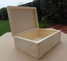 PLAIN WOOD -WOODEN SOUVENIRS BOX / ART CRAFT/ DECOUPAGE  23 cm x 16.5 cm x 9 cm