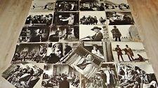 c eastwood ET POUR QUELQUES DOLLARS .. s leone photos presse cinema western 1965
