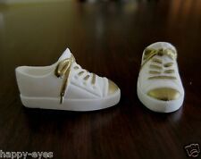 BARBIE DOLL CLOTHES/SHOES *MATTEL SNEAKERS   *NEW*  #559