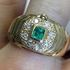 Stunning! Colombian Emerald and VS Diamond 18K Yellow Gold Mens Ring Size 9