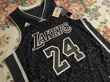 KOBE BRYANT 24 LIMITED EDITION JERSEY SIZE LARGE ( ( RARE ) )