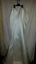 WEDDING DRESS MARI LEE BY MADALINE GARDNER IVORY HEAVY STRAPLESS TRAIN 40 CHEST