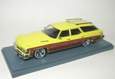 Buick stationwagon (yellow/wood)