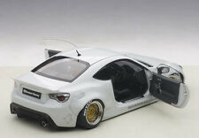 Autoart ROCKET BUNNY TOYOTA 86 METALLIC WHITE/GOLD WHEELS 1/18 Scale In Stock!