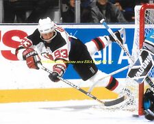 DOUG GILMOUR Flying WRAP AROUND 8x10 Photo MAPLE LEAFS/NJ DEVILS HOF GREAT WoW