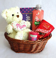 Mothers Day Gift Basket/Hamper, For Her, Mum, Mother, Mummy. Chocolate, Bath.