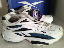 Reebok Shoes Satellite 2000 7.5 2-43450 White Navy 1990s Vintage Sneakers