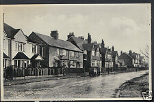Leicestershire Postcard - Knighton Road, Leicester    MB1081