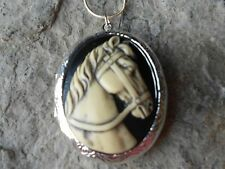 HAND PAINTED HORSE CAMEO SILVER PLATED LOCKET!! CREAM ON BLACK - QUALITY!!