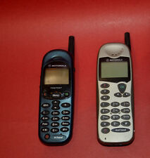 2 Vintage MOTOROLA GSM Cell phone MT2-411A11 timeport tri-band M3588