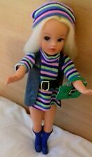 GORG ERIC GRIFFITHS TRENDY GIRL SINDY IN MINT COLLEGE GIRL OUTFIT COMPLETE .