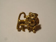 PIN'S zodiaque lion