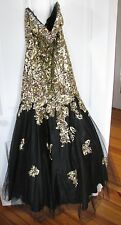 Gold Sequin and Black Mermaid Style Prom/Formal Dress Size 10