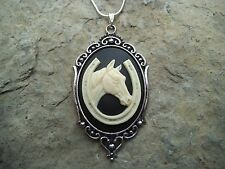 STUNNING HORSE AND HORSESHOE CAMEO NECKLACE!! GREAT QUALITY--GREAT GIFT!!! LUCKY