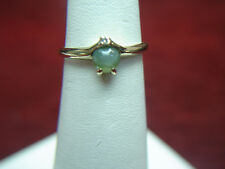 VINTAGE 10K YELLOW GOLD GREEN STAR SAPPHIRE RING WITH ACCENT DIAMOND - CUTE