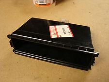 GENUINE MITSUBISHI UNDER STEREO BOX PART NO: MR270350 FITS SPACESTAR 98-06 +NEW