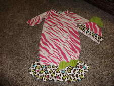 BOUTIQUE PEACHES AND CREAM 0-3 PINK ZEBRA STRIPE GOWN AND HAT SET