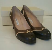 L'autre Chose Ladies heeled brougue style shoes. brown and beige. size  38 1/2