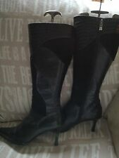 @@@Stylish@@ Size 7 Ladies Van Dal Black Leather & Suede knee high Stiletto boot