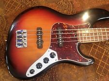 Fender Deluxe, Jazz Bass USA, Corona, CA