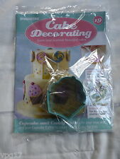 DeAGOSTINI CAKE DECORATING  MAGAZINE  CUPCAKE CUTTER   No 19  NEW