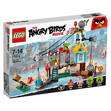 New! #75824 LEGO Pig City Teardown from The Angry Birds Movie Age 7-14 / 386pcs