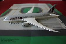 Phoenix Model Qatar Airways Boeing 787 Dreamliner Diecast Model 1:200