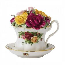 ROYAL ALBERT OLD COUNTRY ROSES MUSICAL TEACUP NEW