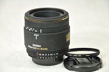 Per Nikon AF Sigma DG MACRO 50mm f/2, 8 EX