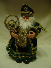 """CHRISTMAS SANTA / SHAMROCK ST PATTY'S DAY 9 1/2"""" TALL DRESSED IN GREEN & GOLD"""